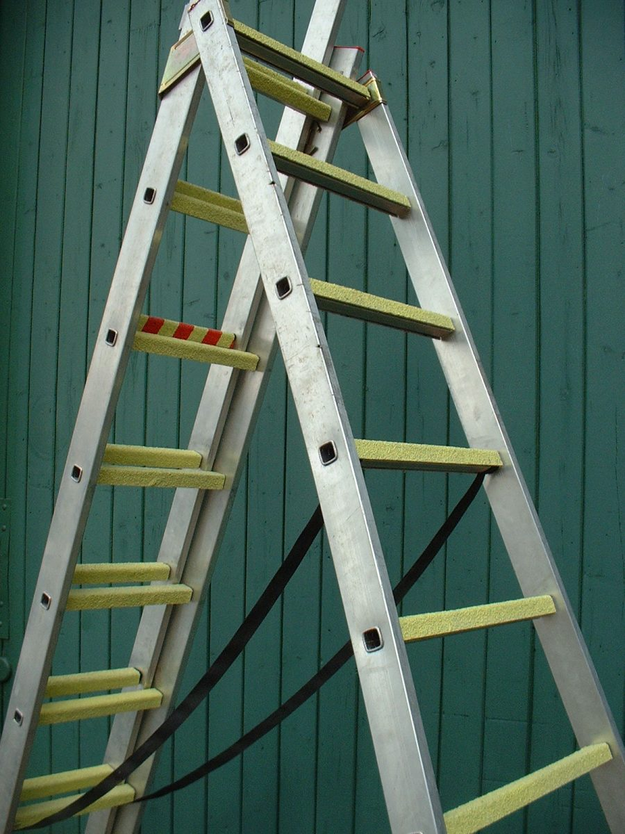 Ladder Slip Prevention With Anti Slip Grp Ladder Rungs