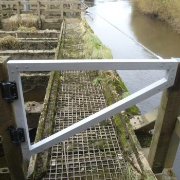 Road bridge Swing gate