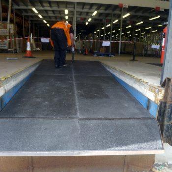 Anti slip sheets in retail warehouse