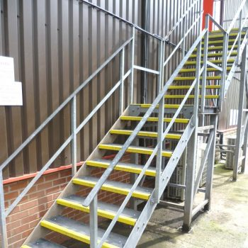 Outdoor anti slip stairs