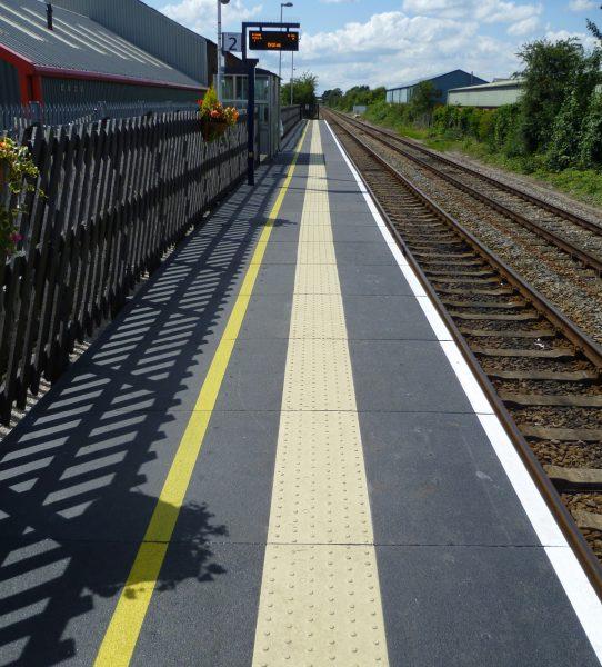 Fibreglass Railway Platform manufactured by Evergrip