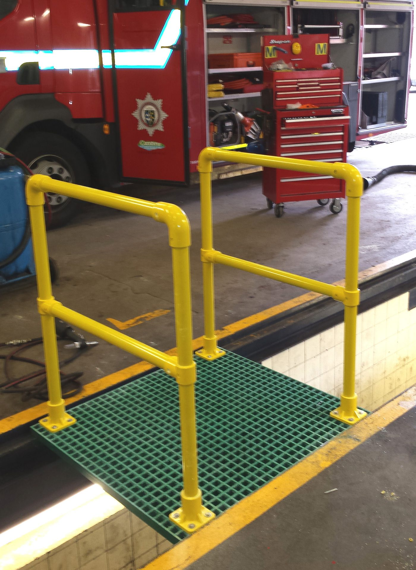 GRP grating inspection pit cover board with handrails