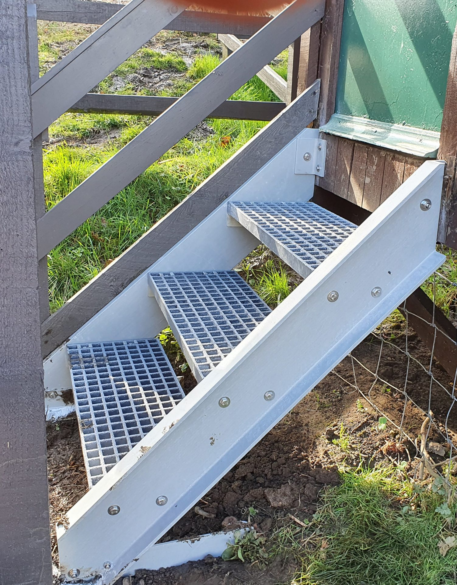 Step access with new GRP stringers and treads